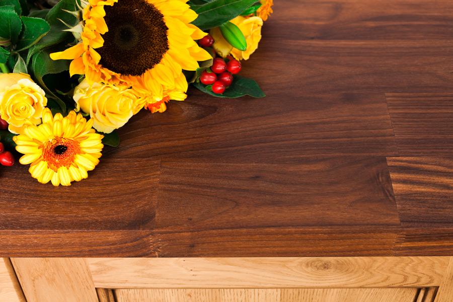 arbeitsplatte amerikanischer nussbaum deluxe galerie worktop. Black Bedroom Furniture Sets. Home Design Ideas