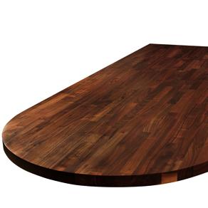 Eine Schwarze-Amerikanischer-Nussbaum-Arbeitsplatte für eine Kücheninsel mit großem Ellipse-Ende.