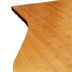 Karamell-Bambus-Arbeitsplatte mit Ellipse-Ende und unregelmößigem Ausschnitt.